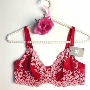 Wacoal Red Embrace Lace Underwire Bra 65191